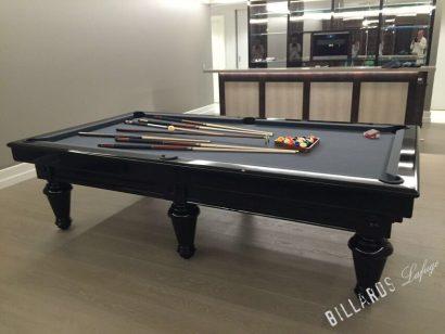 Billard Chambord 2m80 laqué en noir
